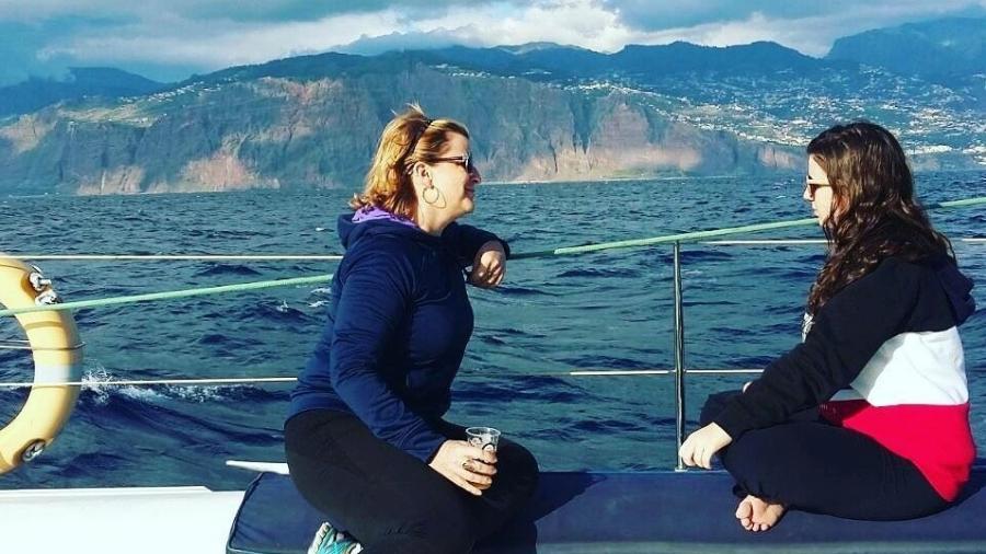Lucília e Tatiana. A mãe ficou chocada ao saber que a menina era gay. Hoje, ajuda mães no YouTube  - Facebook/Tatiana Ferraz