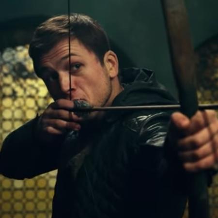 O ator Taron Egerton vive Robin Hood em novo filme - Reprodução