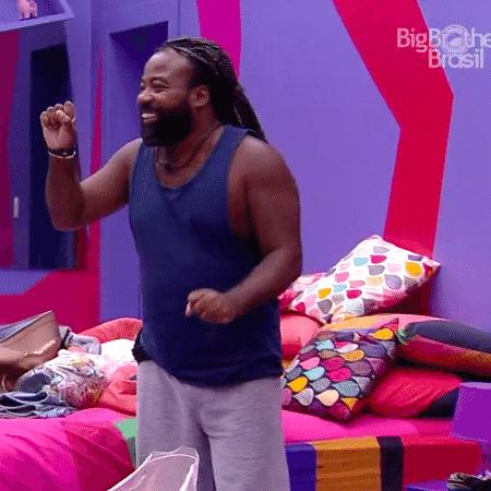 """Assim que deixou a casa do """"BBB19"""", Rodrigo decidiu denunciar Paula por racismo: """"Não posso me calar"""" - Reprodução/GloboPlay"""