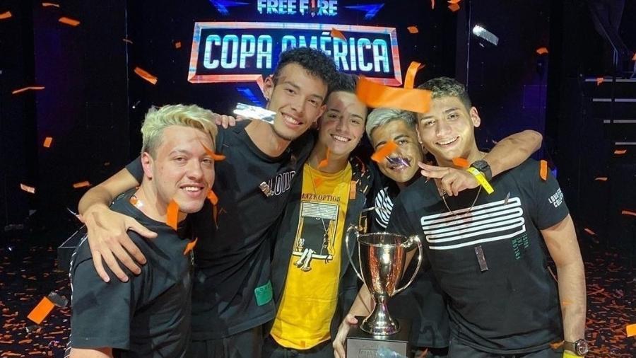 Brasileiros levam o título do primeiro campeonato oficial de Free Fire de 2020. - Divulgação/LOUD
