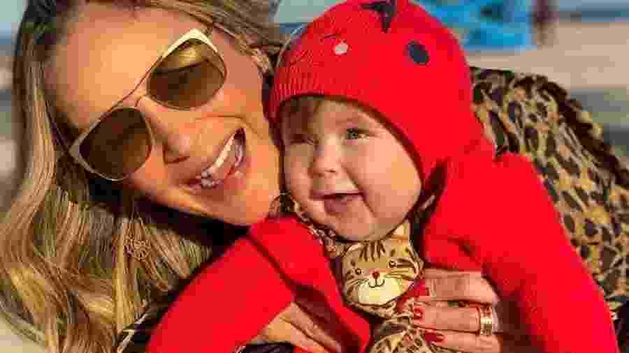 Claudia Leitte e a filha Bela - REPRODUÇÃO/INSTAGRAM