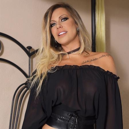 """Antonela Avellaneda, que participou do """"BBB4"""", participou de ensaio sensual - Imagem/Andrea Schaefer"""