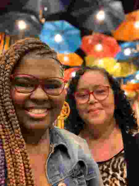 Tássia di Carvalho (esq.) e a sogra, Kátia dos Santos Simões - Arquivo Pessoal - Arquivo Pessoal