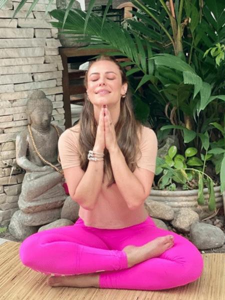Paolla Oliveira arrancou elogios ao postar foto de meditação na manhã de hoje - Reprodução/Instagram/@paollaoliveirareal