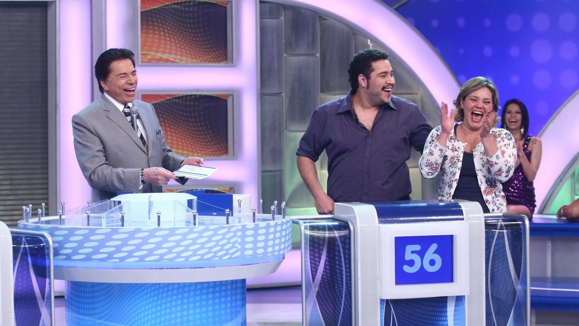 2011 - Silvio Santos recebe Cintia Abravanel, sua
