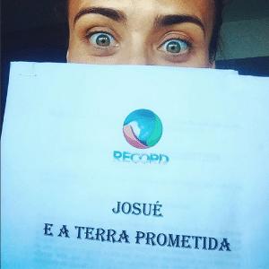 """Juliana Silveira está no elenco de """"A Terra Prometida"""" - Reprodução/Instagram/julianasilveiraatriz"""