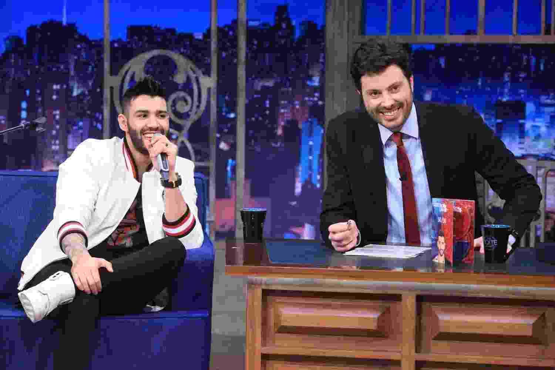 """22.set.2016 - Gusttavo Lima fala sobre a vida de casado em entrevista ao """"The Noite"""" - Leonardo Nones/SBT"""