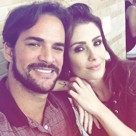 O ex-BBB Rodrigo Carvalho ao lado da mulher, Thais - Reprodução/Instagram/thaismachado