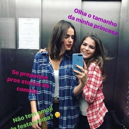 Após término com Neymar, Bruna Marquezine e irmã vão à festa junina - Reprodução