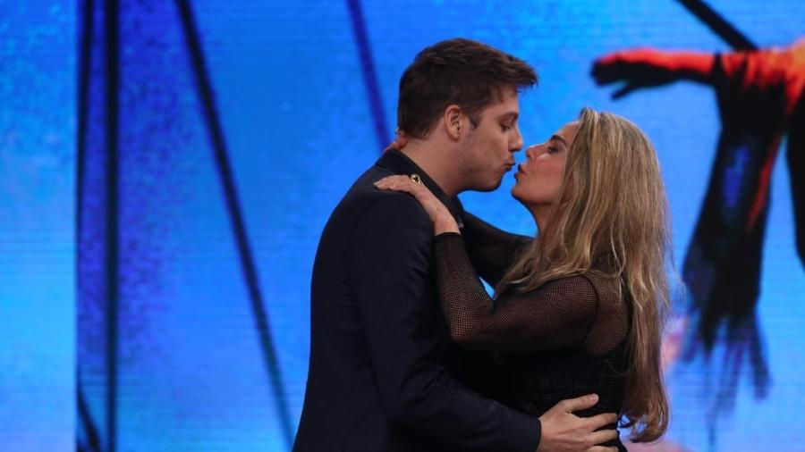 "Bruna Lombardi diz considerar sexo algo sagrado: ""Sempre me interessou"" - Antonio Chahestian/RecordTV"