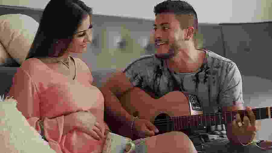 Mayra Cardi e Arthur Aguiar anunciam primeira gravidez em clipe - Reprodução/YouTube