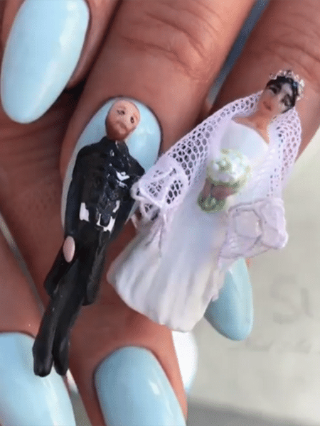 Nail art do casamento real com os noivos, Harry e Meghan - Reprodução/Instagram