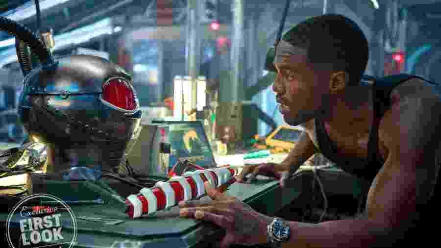 Yahya Abdul-Mateen II como o Arraia Negra em Aquaman - Reprodução/EW
