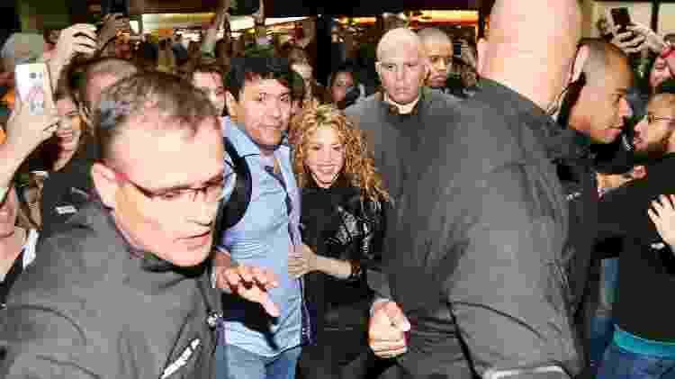 Shakira causa tumulto ao desembarcar no aeroporto de Guarulhos, no estado de São Paulo - Manuela Scarpa/Brazil News - Manuela Scarpa/Brazil News
