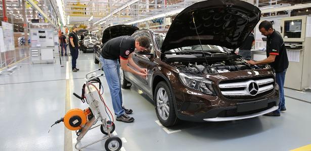 Após saída da Ford | Crise pressiona marcas de carros de luxo com montadoras no Brasil