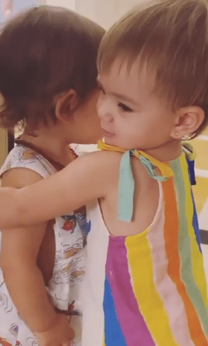 Zoe e Rael, filhos de Sabrina Sato e Isis Valverde