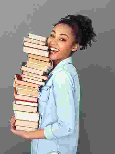 adolescente negra livros - Victoria Gnatiuk