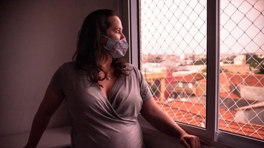 Na 21ª semana de gravidez, Ticiana contraiu o coronavírus e passou 11 dias internada - Deutsche Welle