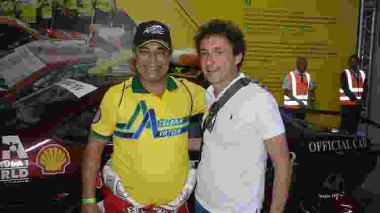 Gusmão posa com Leonardo Senna, irmão de Ayrton, durante o Senna Day de 2019 - Arquivo pessoal - Arquivo pessoal