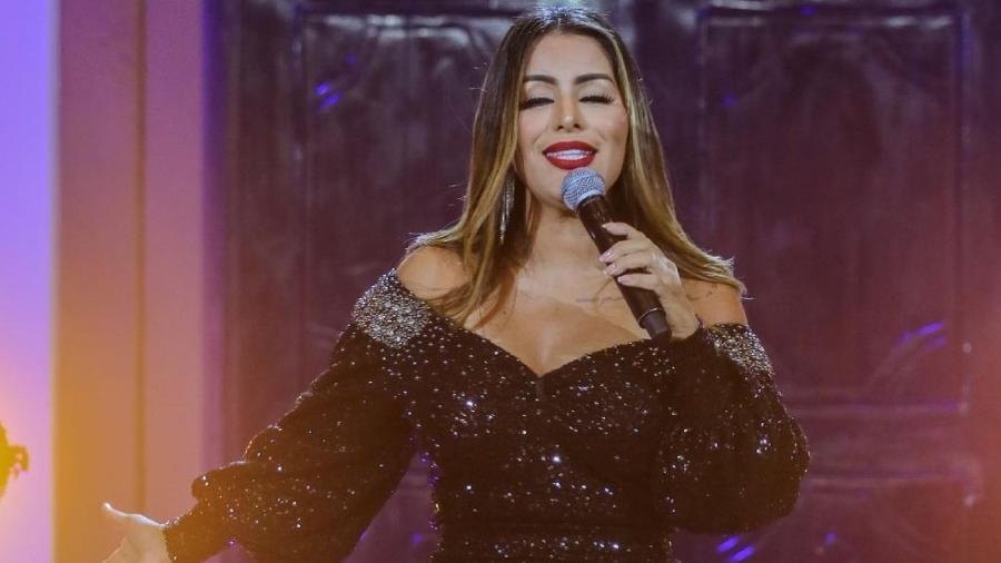 A cantora Walkyria Santos não conseguiu ir ao enterro do filho - Reprodução/Instagram