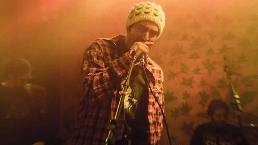 Renato Góes é Marcelo D2 no filme que conta a história da formação da banda carioca Planet Hemp - Dan Behr/Divulgação