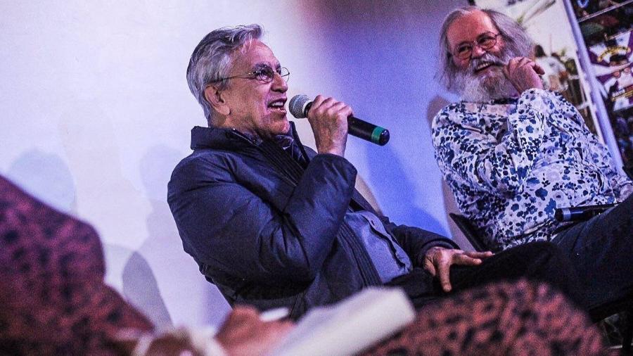 Caetano Veloso e o produtor e teórico Claudio Prado debatem na Casa do Baixo Augusta, em São Paulo - Reprodução/Mídia Ninja