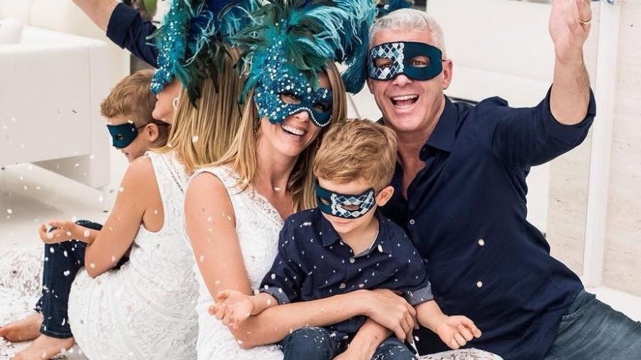 Ana Hickmann  com o marido, Alexandre Correa, e o filho, Alexandre - Reprodução/Instagram