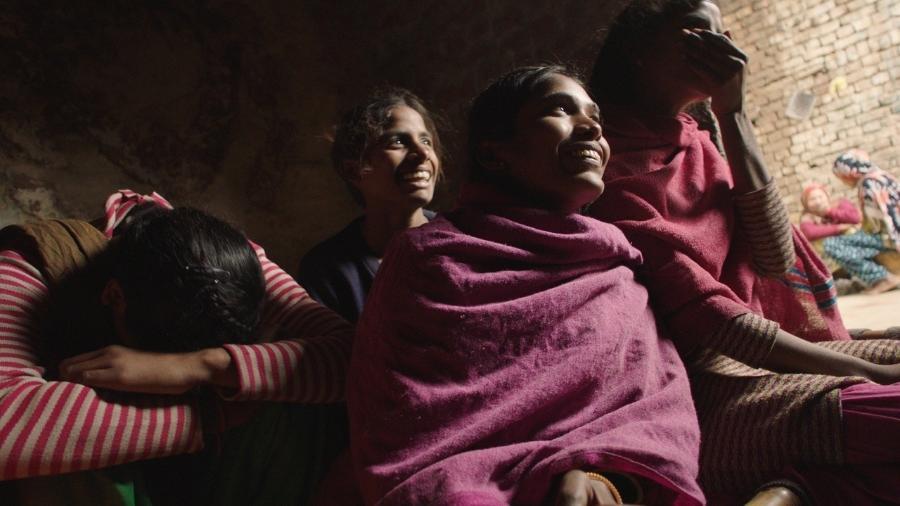 Garotas indianas retratadas em filme: elas deixam de ir à escola depois de menstruar - Divulgação