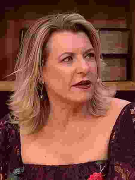"""Olga Bongiovanni EM RECENTE PARTICIPAÇÃO no """"Luciana By Night"""" - Reprodução/RedeTV!"""