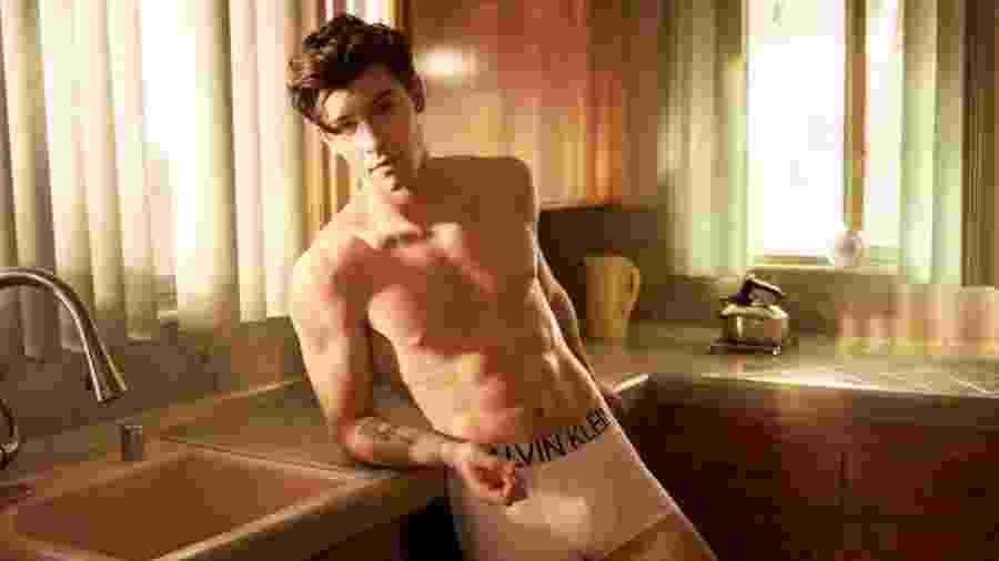 Shawn Mendes em campanha para a Calvin Klein - Reprodução/Twitter