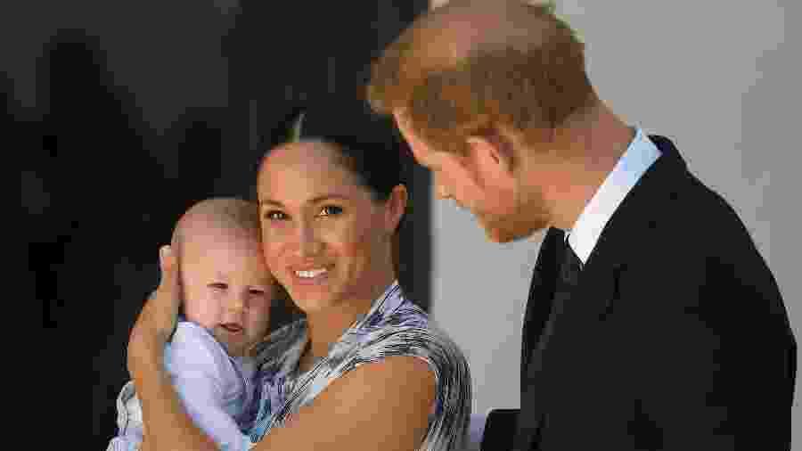 Archie, bebê real de quatro meses, foi levado por Harry e Meghan à África do Sul - Toby Melville/Reuters