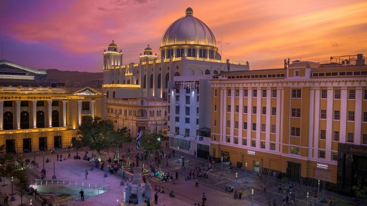 Centro histórico de San Salvador revela construções do tempo em que o país era uma potência do café - Getty Images