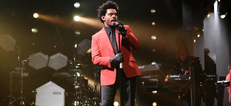 """Em nova fase, The Weeknd sai do estilo """"molecão"""" e abraça a alfaiataria - Getty Images"""