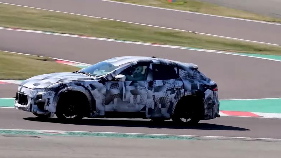 Ferrari Purosangue em teste - Reprodução