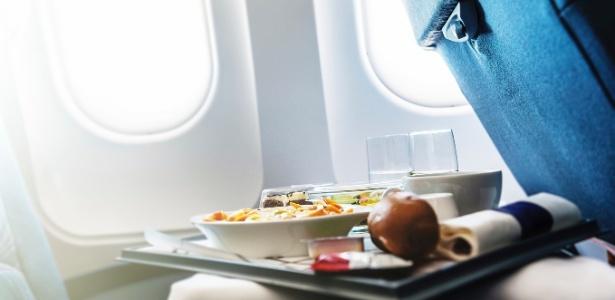 Não é muito bom você sair saboreando de tudo enquanto está viajando - Getty Images