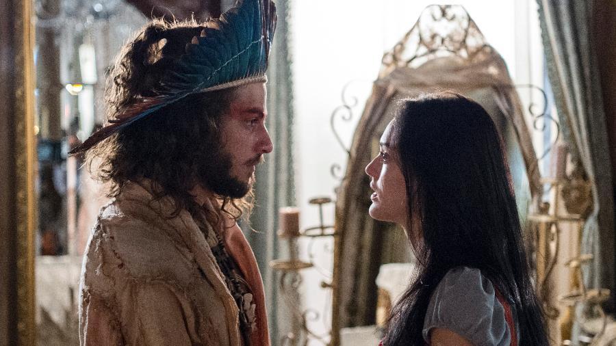 "Joaquim (Chay Suede) e Anna (Isabelle Drummond) se reencontram em ""Novo Mundo"" - Estevam Avellar/TV Globo"