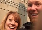 """Ex-casais fazem """"selfie de divórcio"""" e mostram que separação pode ser fofa - Reprodução/Instagram"""