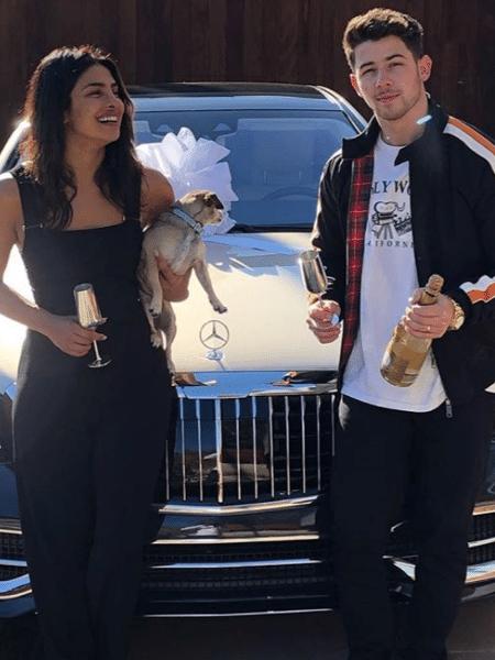 """Priyanka Chopra e Nick Jonas comemoram sucesso de """"Sucker"""" - Reprodução/Instagram"""