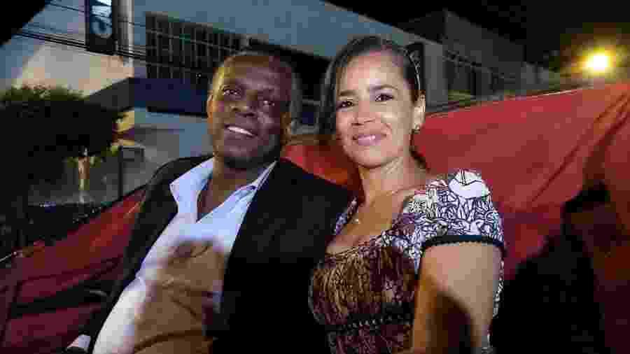 Osmir Eile Silva, 52 anos, e Gecilda Antônia Felix, 46 anos, vão se casar no domingo (13) - Arquivo Pessoal