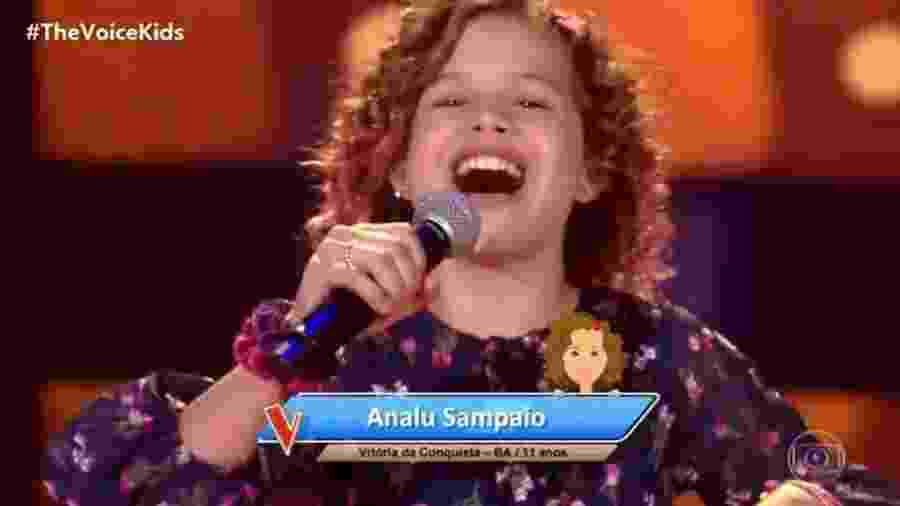 Analu Sampaio se apresenta na estreia do The Voice Kids 2020 - Reprodução / Globo