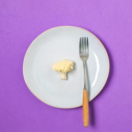 O pensamento de dieta dificulta a boa relação com a comida - iStock