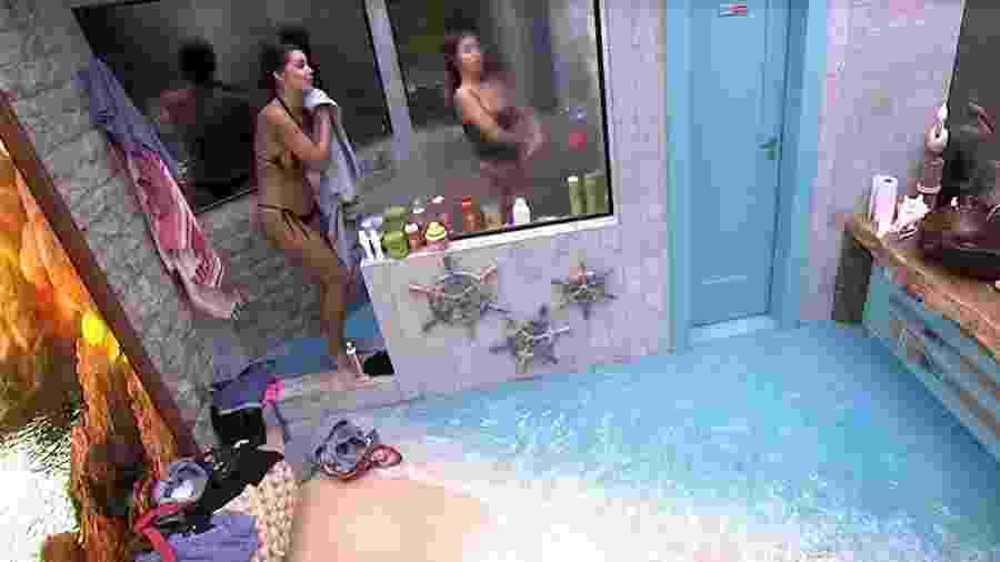 BBB 20: Meninas tomam banho após xixi de Flayslane - Reprodução/Globo
