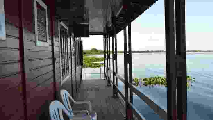 Casa flutuante no Mato Grosso do Sul tem três suítes - Divulgação - Divulgação