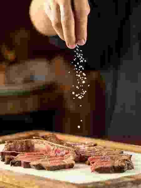 Carne com sal do Barbacoa - Henrique Peron/Divulgação - Henrique Peron/Divulgação