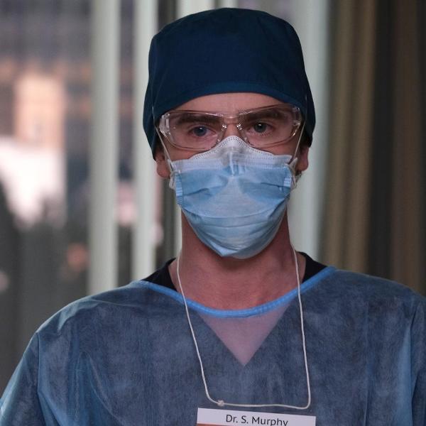 O Dr. Shaun Murphy (Freddie Highmore) enfrenta o coronavírus em 'The Good Doctor'