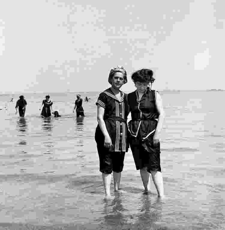 Banhistas em 1900 - LL/Roger Viollet via Getty Images - LL/Roger Viollet via Getty Images