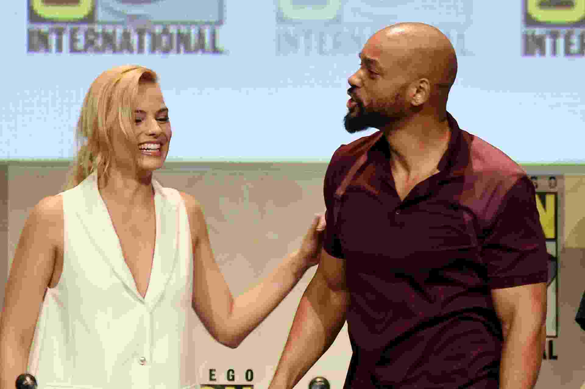 "11.jul.2015 - Margot Robbie e Will Smith participam do painel do ""Esquadrão Suicida"" na Comic-Con - Kevin Winter/Getty Images"