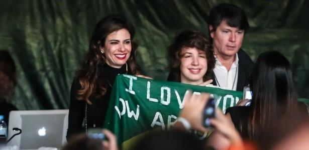 24.fev.2016 - Acompanhado da mãe, Luciana Gimenez, Lucas Jagger acompanha o show do pai Mick Jagger no estádio do Morumbi, em São Paulo - Manuela Scarpa/Brazil News