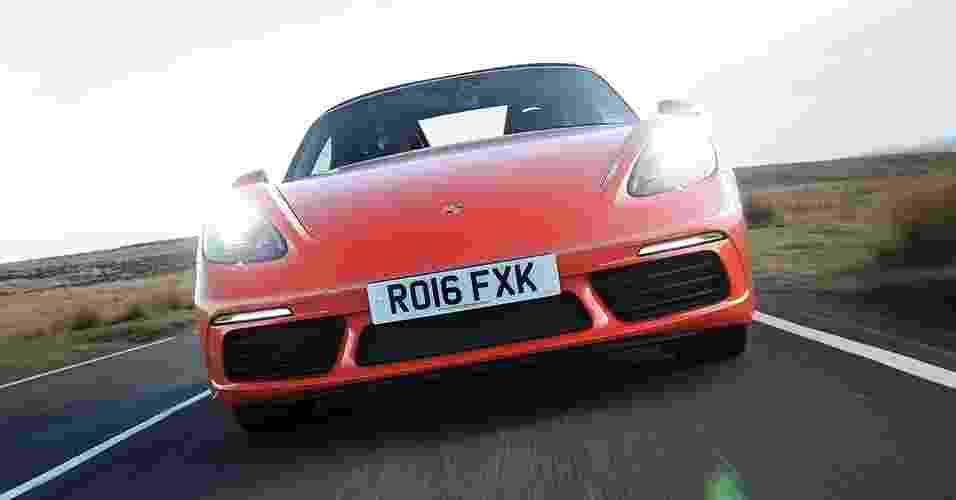 Porsche 718 Boxster S - Divulgação