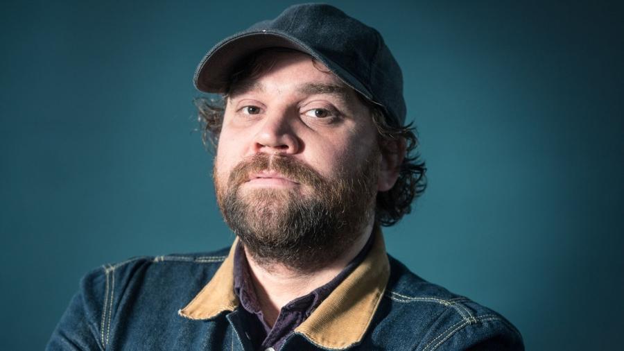 O vocalista Scott Hutchison, da banda Frightened Rabbit - Reprodução